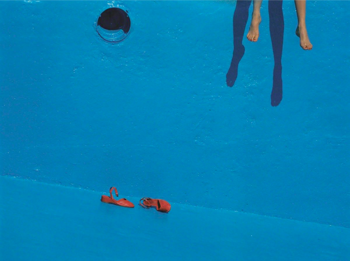 002-guy-bourdin-theredlist