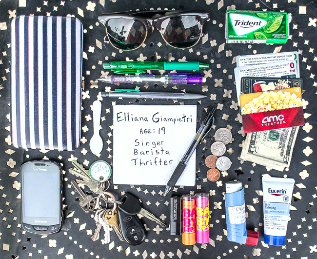 In-Her-Handbag-A-collection-of-the-personal-and-mysterious-contents-of-a-ladies-bag1__880