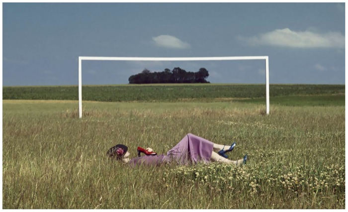 photo-guy-bourdin-charles-jourdan-automn-1978